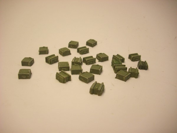 1:76  SMALL AMMO BOXES x 24