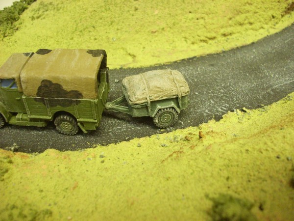 1:72  10CWT TRAILER WITH LOAD
