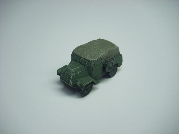 1:72  CANADIAN CMP CT15 ARMOURED TRUCK