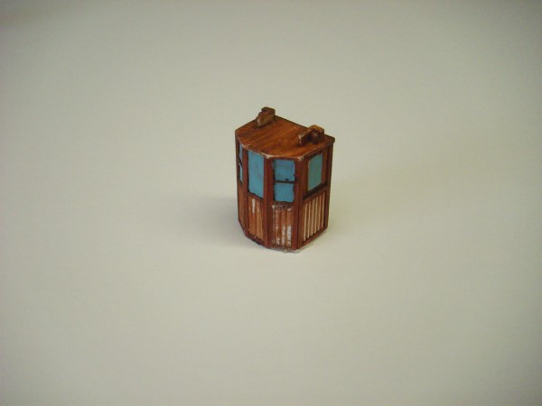 1:76  SMALL WOODEN WHEELHOUSE