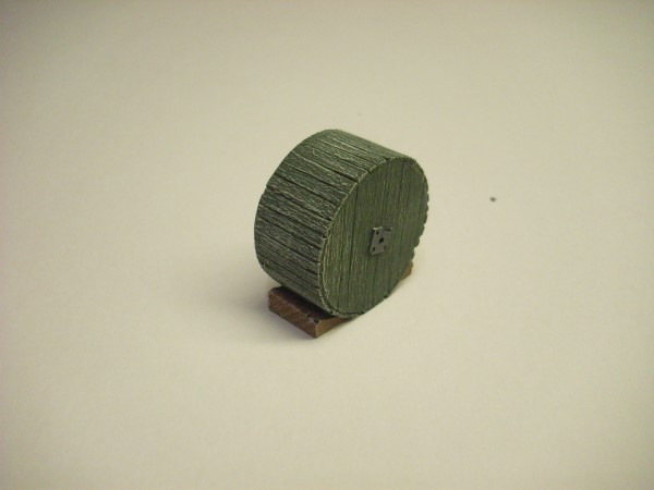 1:76  LARGE CABLE DRUM