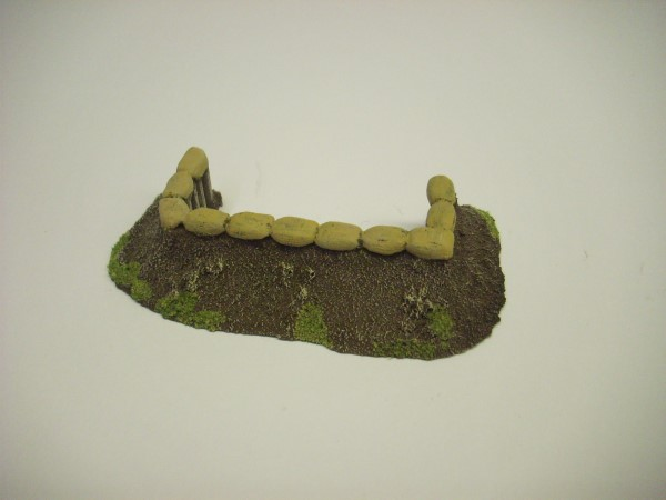 1:72  EARTHWORK WITH LOGS AND SANDBAGS