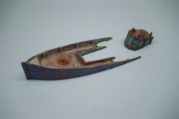 1:76 DOWN BY THE STERN FISHING BOAT