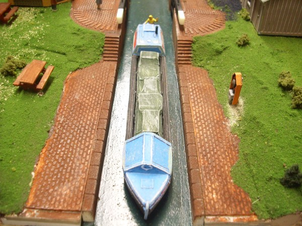 1:76  CANAL TOW PATH