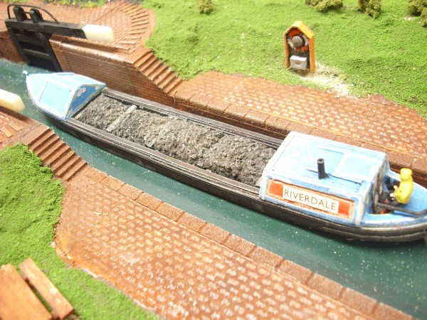 COAL LOAD FOR 53ft NARROW BOAT