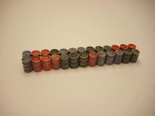 1:76  OIL DRUM LOAD FOR 61 ft NARROW BOAT