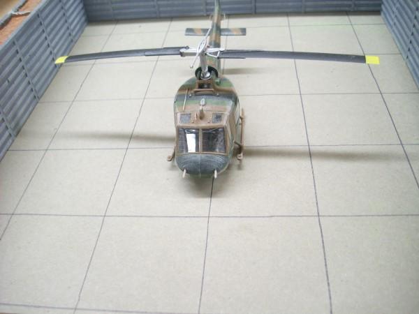 1:72  VIETNAM AIRCRAFT BLAST WALL