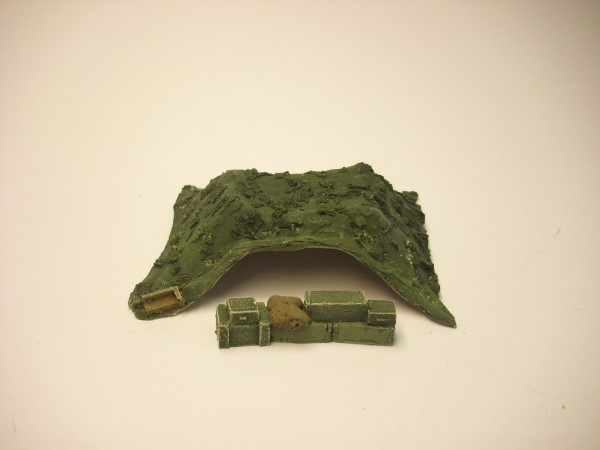 CAMMO NET COVERED AMMO PILE