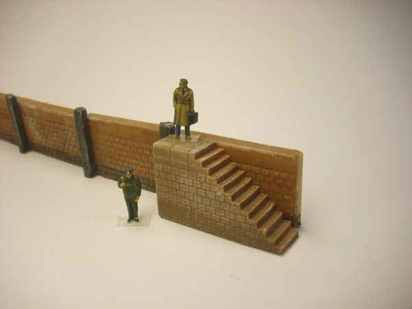1:76  HARBOUR STEPS
