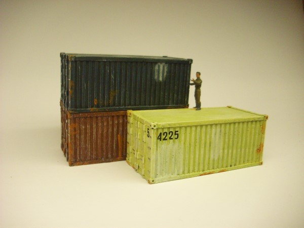 1:72  20ft SHIPPING CONTAINER
