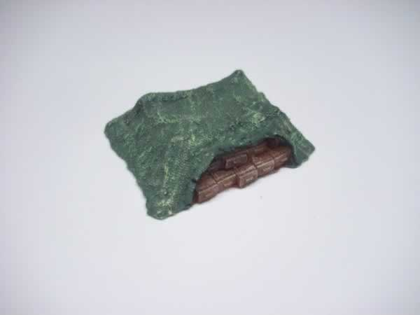 1:100  CAMMO NET COVERED AMMO PILE