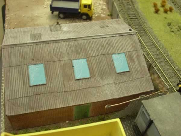 1:76  INDUSTRIAL UNIT