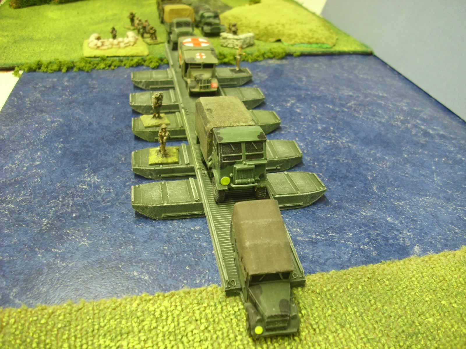 1:72 BRITISH EARLY WW2 PONTOON BRIDGE