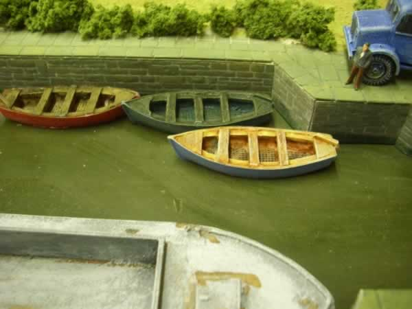 1:76 LARGE ROWING BOAT