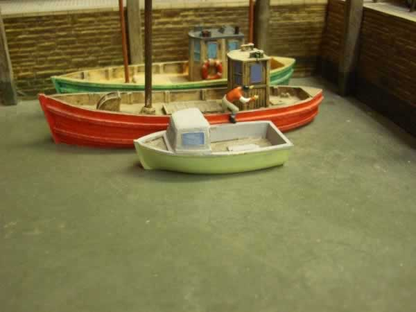 1:76 SMALL LOBSTER BOAT