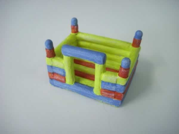 1:76 BOUNCY CASTLE